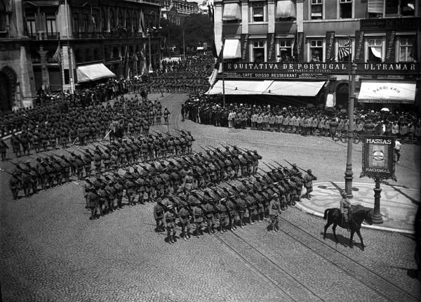 Parada da Vitória, contingente do Exército-1918-Anselmo Franco